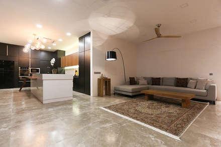 Kelab Golf Sultan Abdul Aziz Shah Bungalow: modern Living room by Studio BEVD