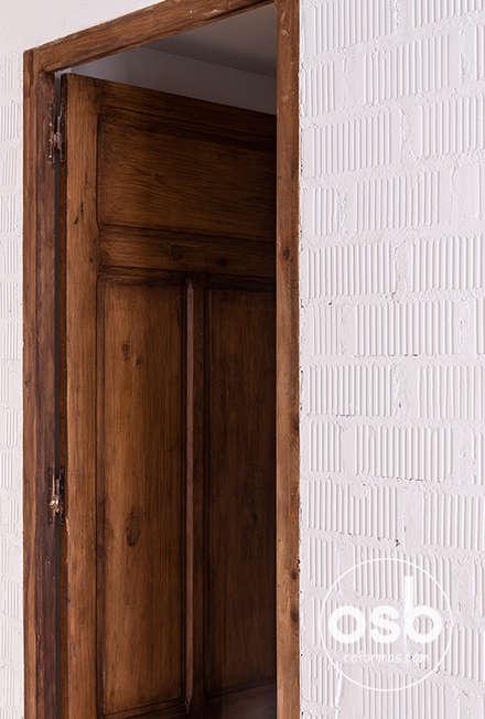 Деревянные двери в . Автор – osb reformas