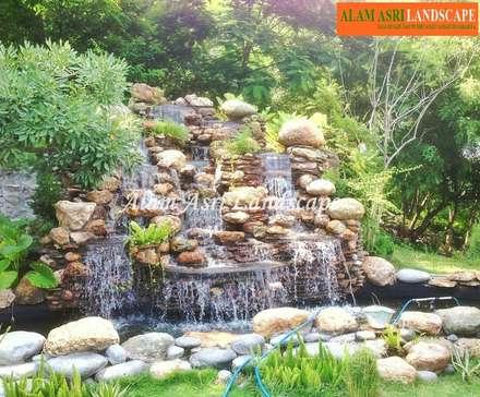 Jasa Tukang Taman Surabaya dan Kolam Koi Surabaya의  정원 연못