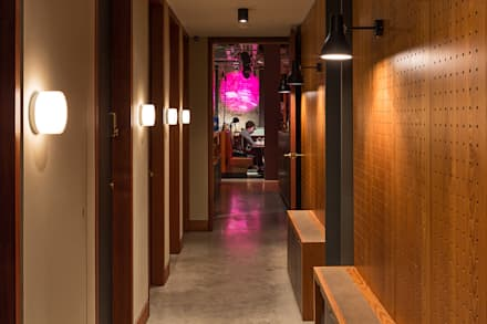 Bars & clubs by Fraher Architects Ltd