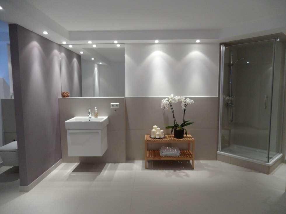 Wellnessraum: skandinavische Badezimmer von  Design