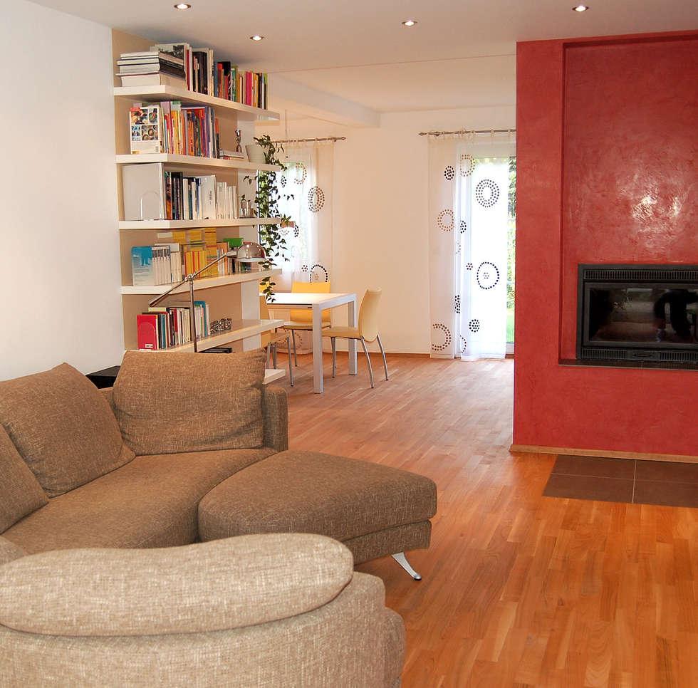 Wohnzimmer: moderne Wohnzimmer von Einrichtungsideen