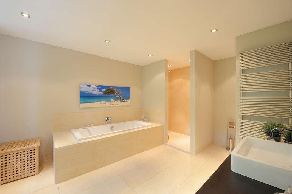 moderne m bel moderne badezimmer von wagner m bel manufaktur gmbh co kg homify. Black Bedroom Furniture Sets. Home Design Ideas