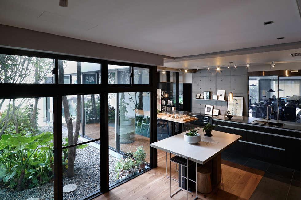 leicht k chen ag homify. Black Bedroom Furniture Sets. Home Design Ideas