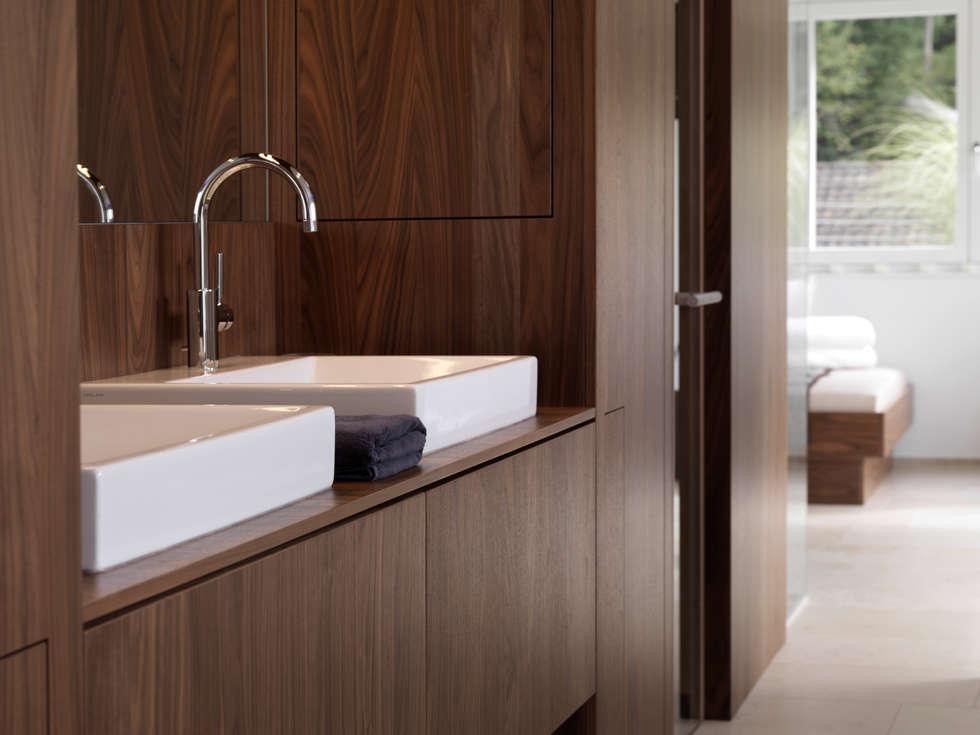 Leicht küchen ag: modern tarz banyo fotoğrafları | homify | {Küchenzeilen modern 9}