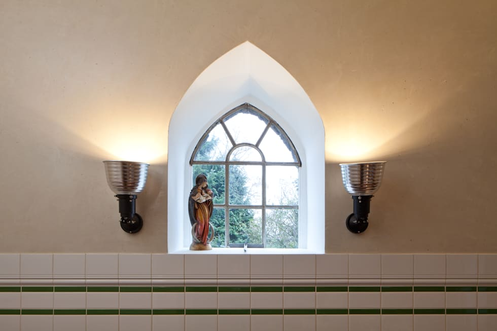 WOHN/ESSKÜCHE MIT MINERALPUTZ: klassische Küche von Einwandfrei - innovative Malerarbeiten oHG