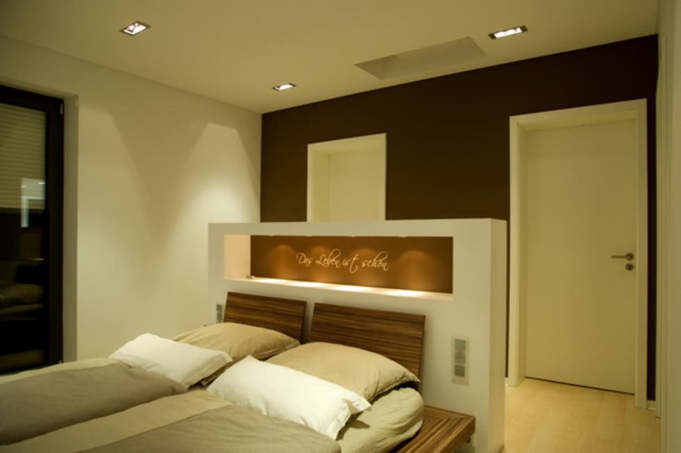 Privatvilla Rheingau: moderne Schlafzimmer von  ligthing & interior design