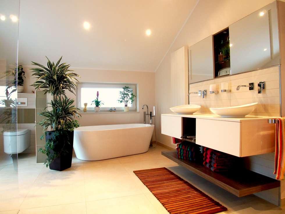 Badezimmer 1 in Stadecken: moderne Badezimmer von Einrichtungsideen