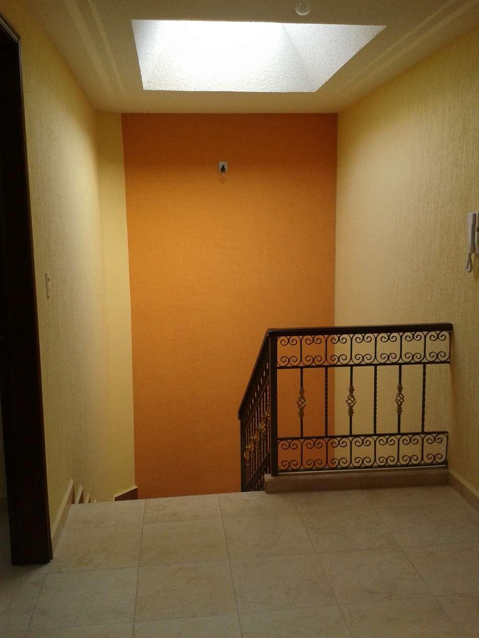 Escaleras: Casas de estilo rústico por DD Arquitectos