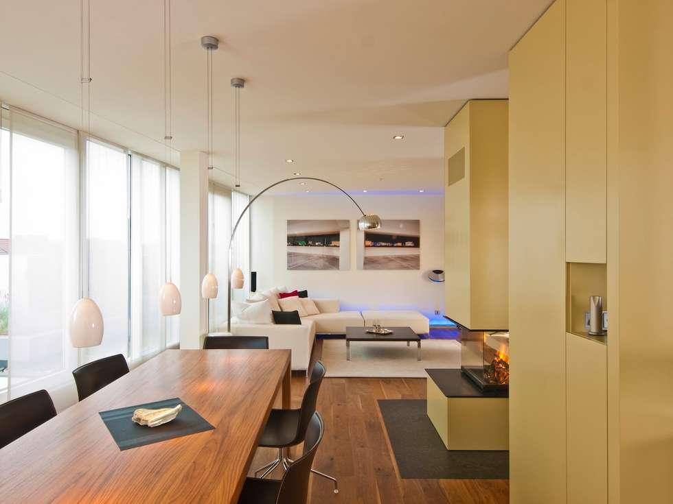 Dachloft: klassische Wohnzimmer von innenarchitektur-rathke