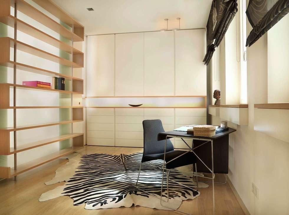 exclusives Wohndesign: klassische Ankleidezimmer von innenarchitektur-rathke