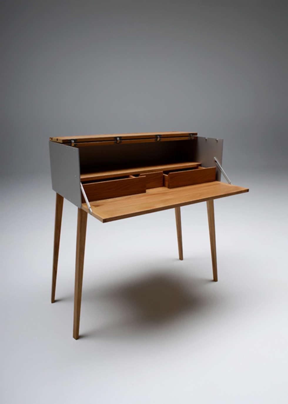 RD 04 Sekretär: klassische Arbeitszimmer von Rohstoff Design