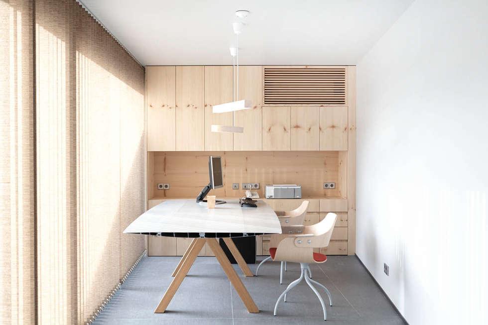 Espaços de trabalho  por Coblonal Arquitectura