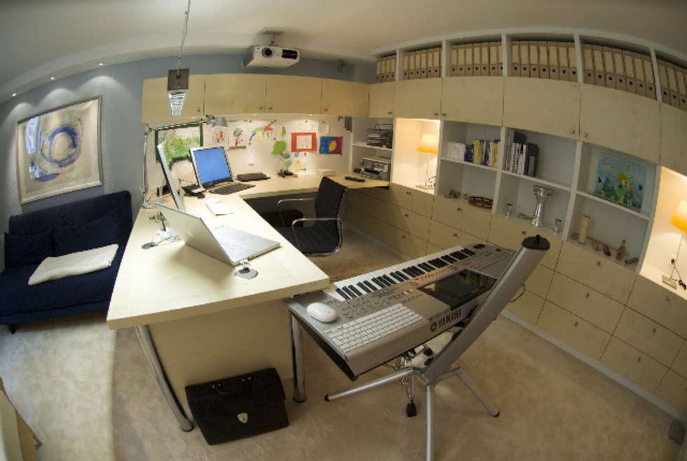 Das Kellerbüro: skandinavische Arbeitszimmer von Innenarchitektin Claudia Haubrock