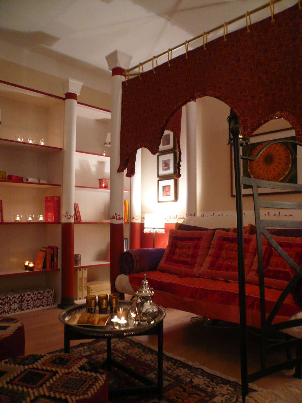 Orientzimmer Nachherfoto: ausgefallene Wohnzimmer von Innenarchitektin Claudia Haubrock