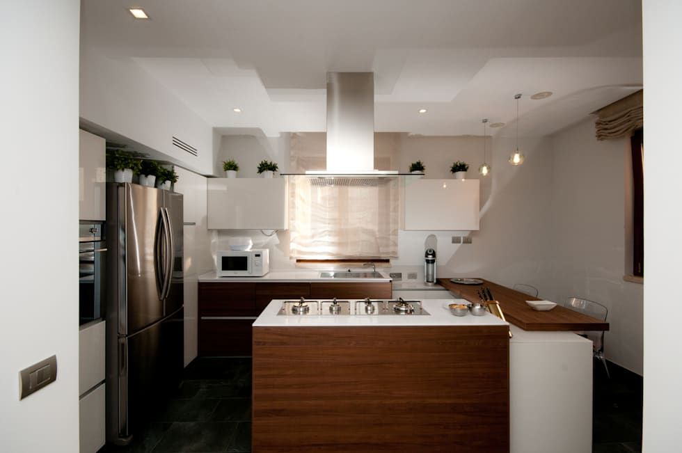 modern Kitchen by LuVi ph