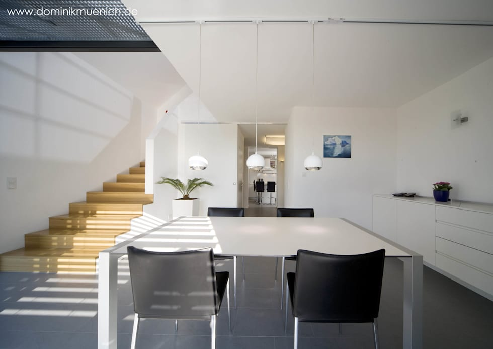 generalsanierung am pflanzgarten 20, regensburg: moderne Esszimmer von Architekturbüro Ferdinand Weber