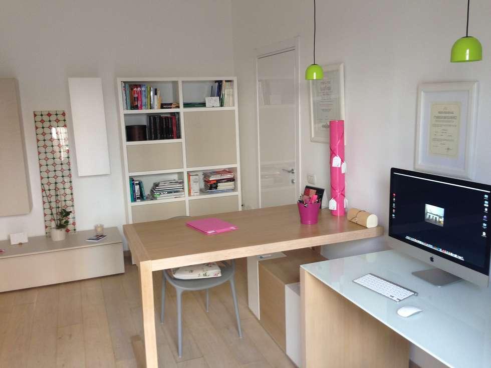 _Studio: Case in stile in stile Moderno di Idealarchitecture