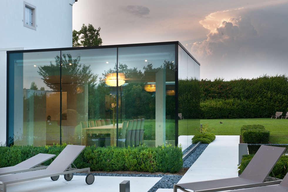 Idee arredamento casa interior design homify for Vetrate case moderne