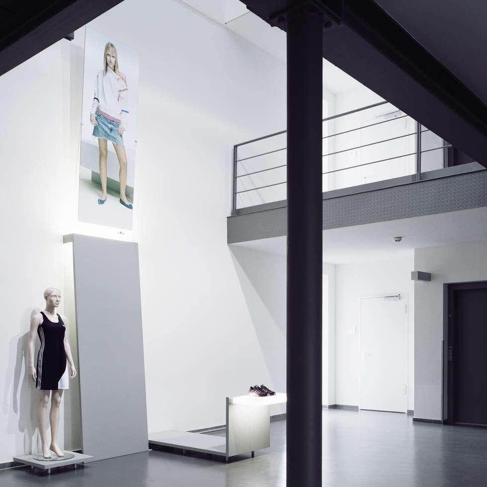 adidas Produktpräsentation:  Geschäftsräume & Stores von Marius Schreyer Design