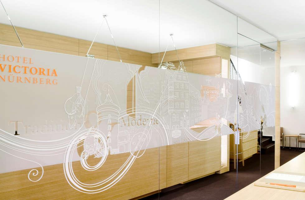 Empfang - Rezeption:  Geschäftsräume & Stores von Marius Schreyer Design