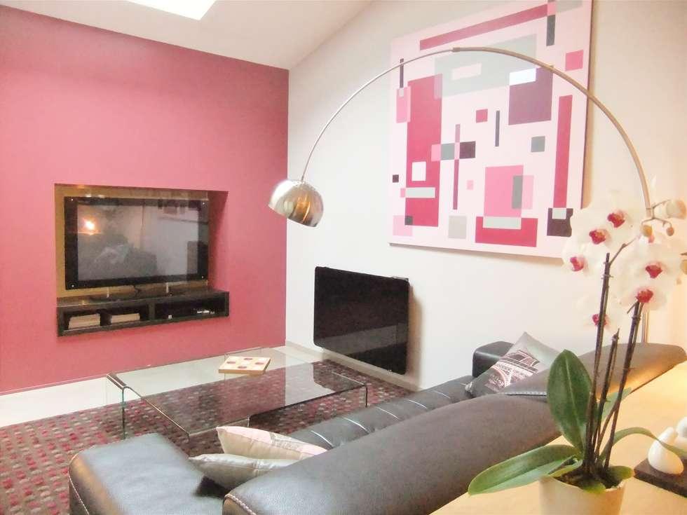 Salon : Salon de style de style Moderne par HOME feeling