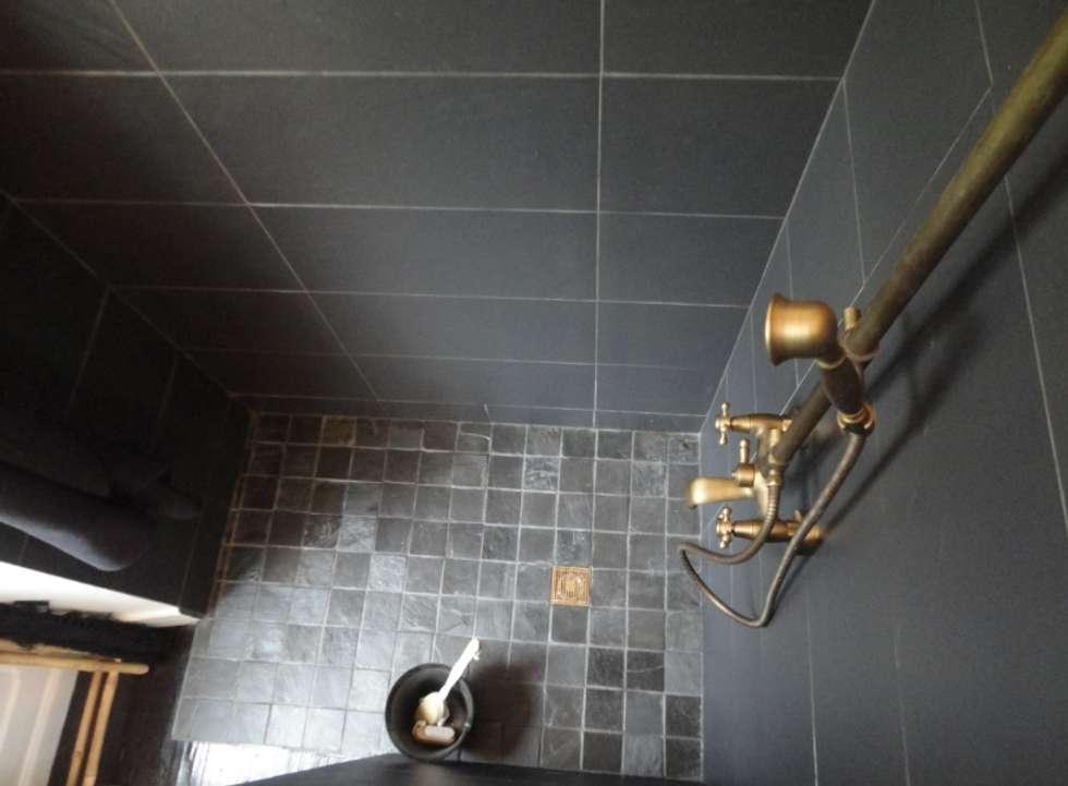 scandinavian Bathroom by Stéphanie CHAMBOURG CHASSAN