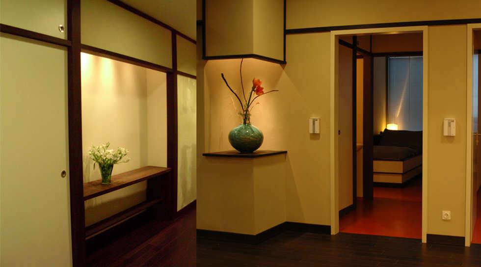 ARZTPRAXIS IM JAPANISCHEN STIL IN BERLIN Asiatische Wohnzimmer Von GERSTENBERGERR