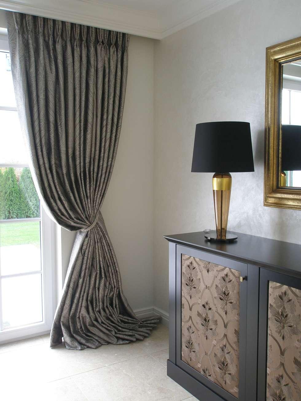 Schlafbereich : klassische Schlafzimmer von Elke Altenberger Interior Design & Consulting
