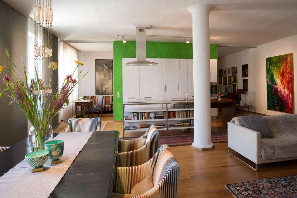 Loft  : ausgefallene Küche von Elke Altenberger Interior Design & Consulting