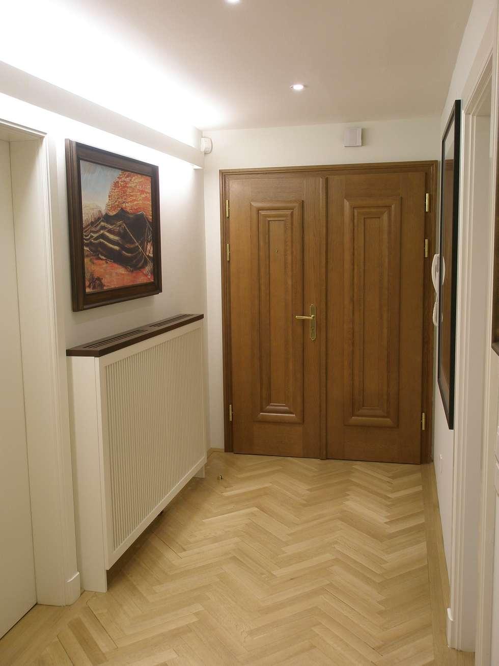 Apartment:  Flur & Diele von Elke Altenberger Interior Design & Consulting