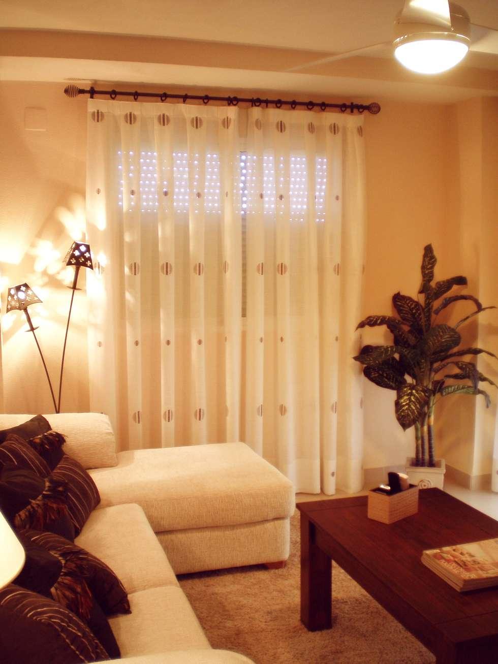 vista lateral de la decoracin del saln salones de estilo colonial de paco escriv muebles
