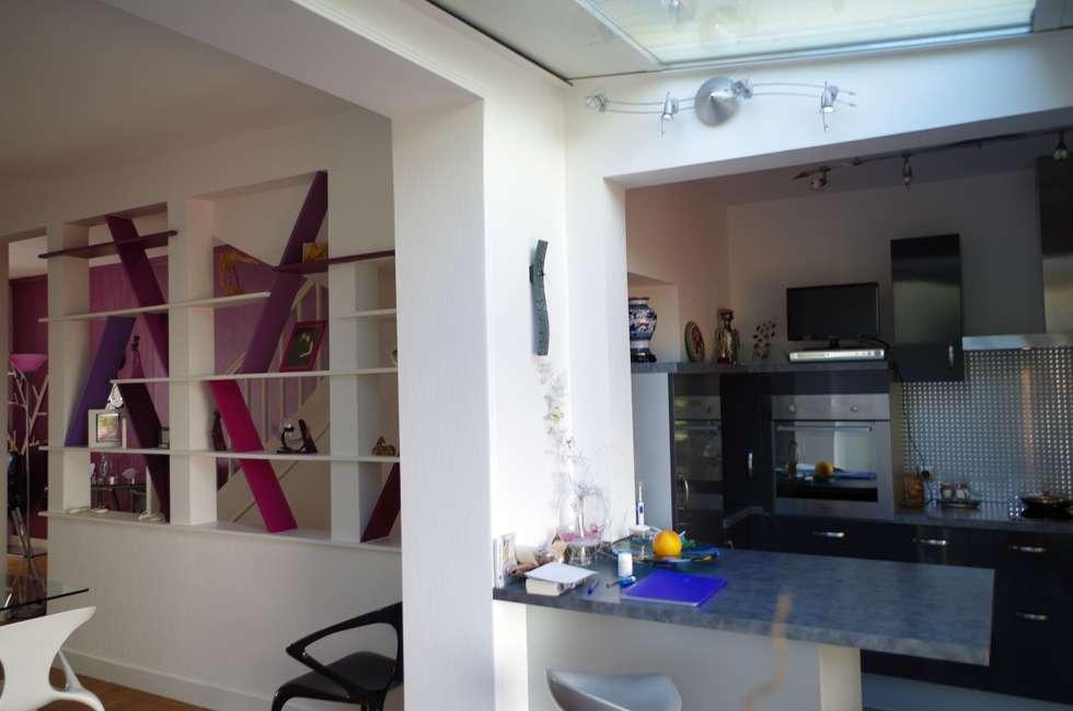 L'extension: Cuisine de style de style Moderne par Christèle BRIER Architechniques
