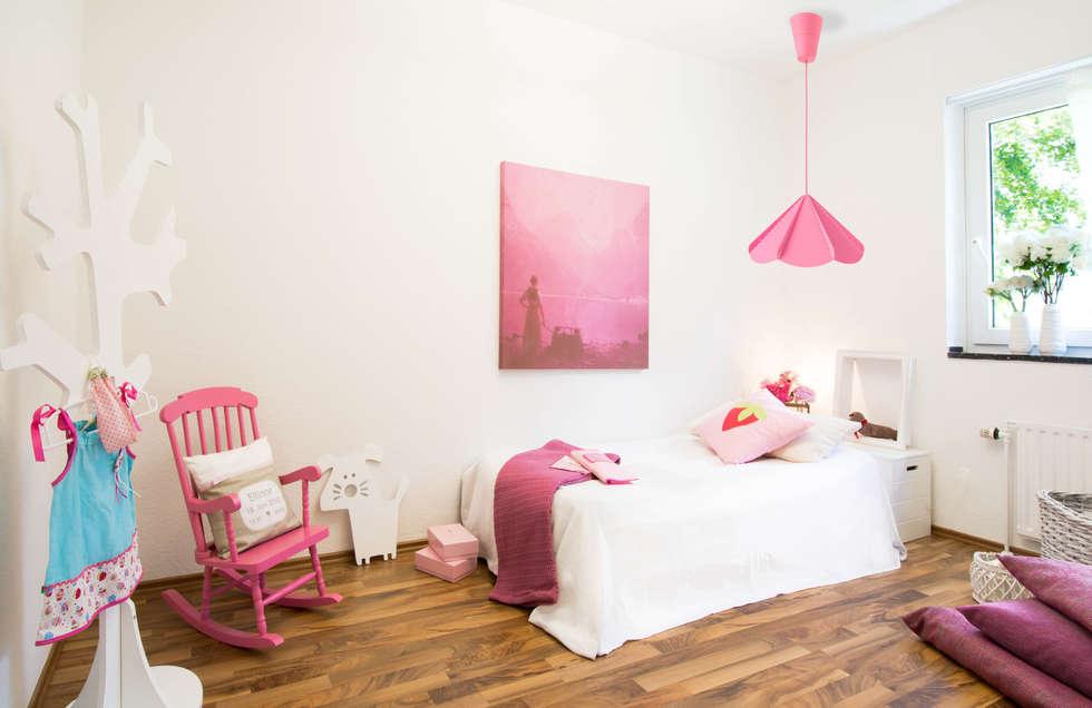 Kinderzimmer nachher: moderne Kinderzimmer von Luna Homestaging