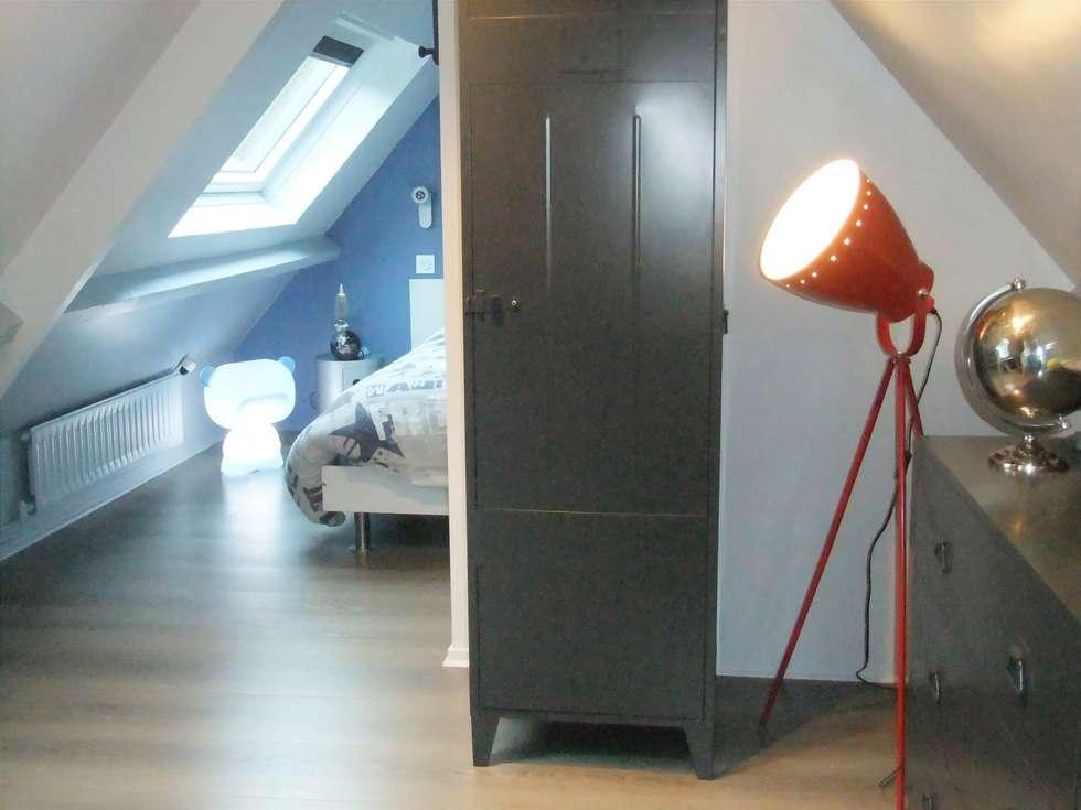 Espace de rangement: Chambre d'enfant de style de style Moderne par HOME feeling