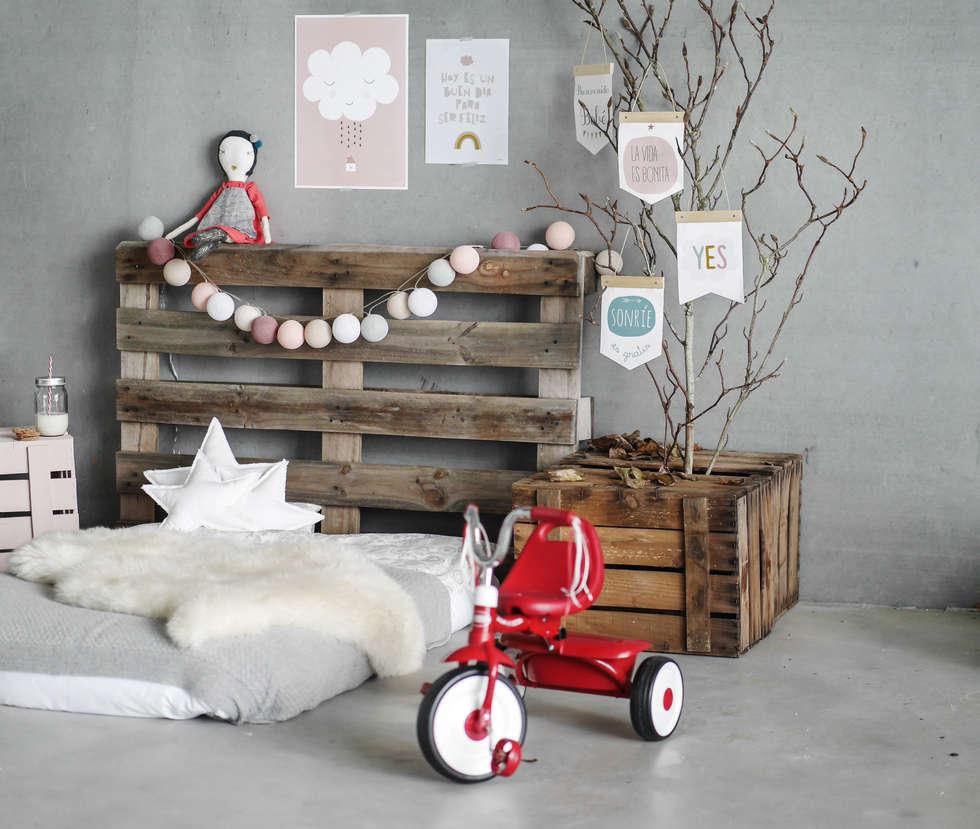 Inspiración Menudos Cuadros: Habitaciones infantiles de estilo  de Menudos Cuadros
