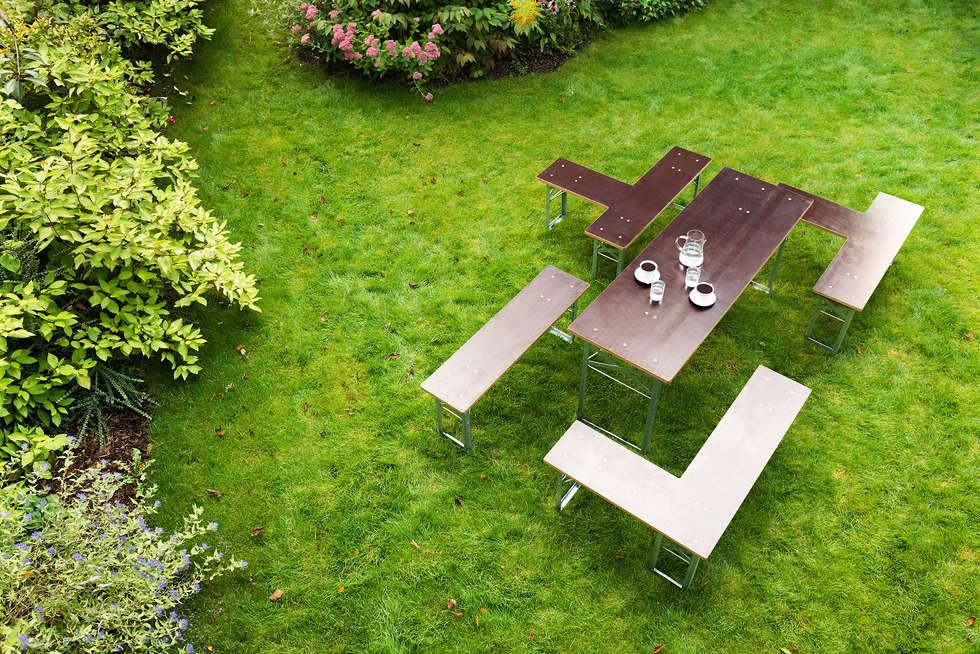 Klappt / Terrassen- u. Balkonmöbel: moderner Garten von Studio Hartensteiner