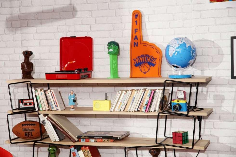 Objets 80's: Salon de style de style eclectique par Sandra Dages