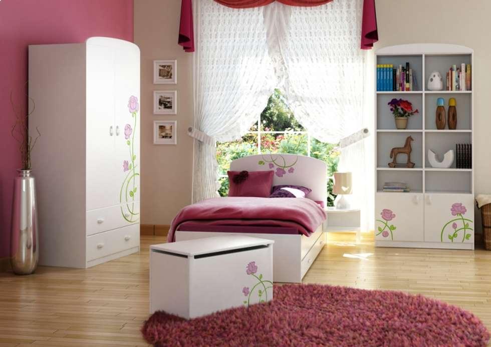 Kinderzimmer Rose: klassische Kinderzimmer von Möbelgeschäft MEBLIK