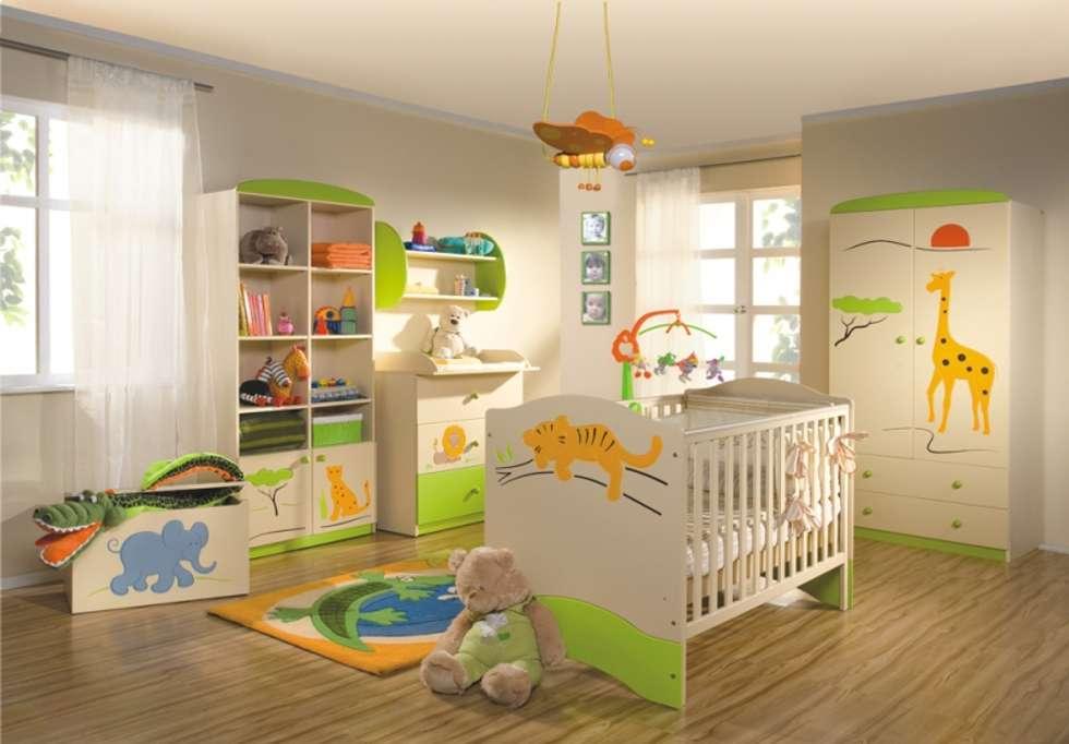 Babyzimmer Savanne: moderne Kinderzimmer von Möbelgeschäft MEBLIK