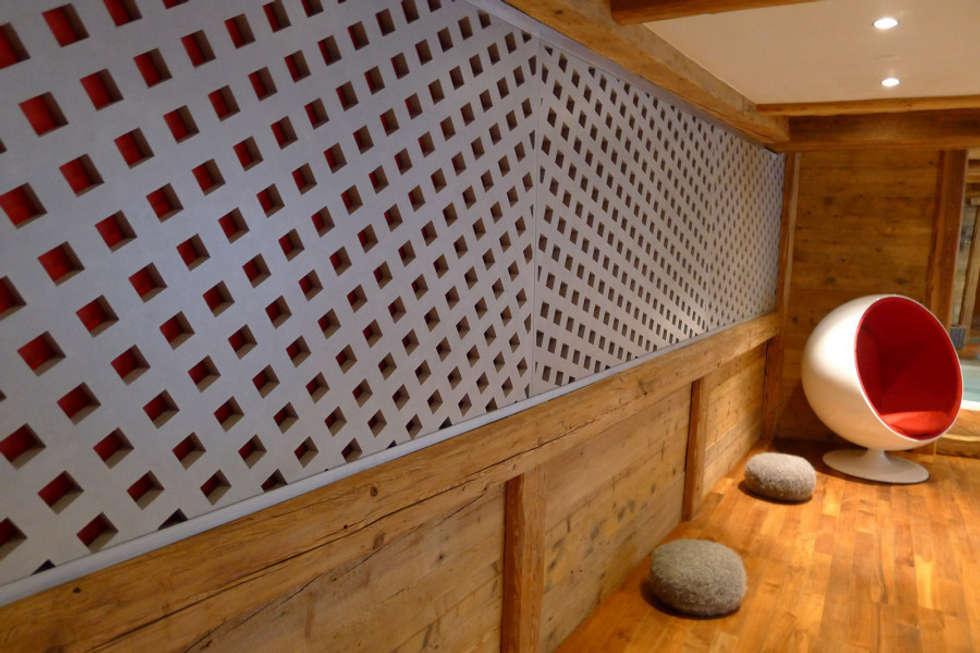 Chalet Courchevel: Spa de style de style Moderne par Concrete LCDA