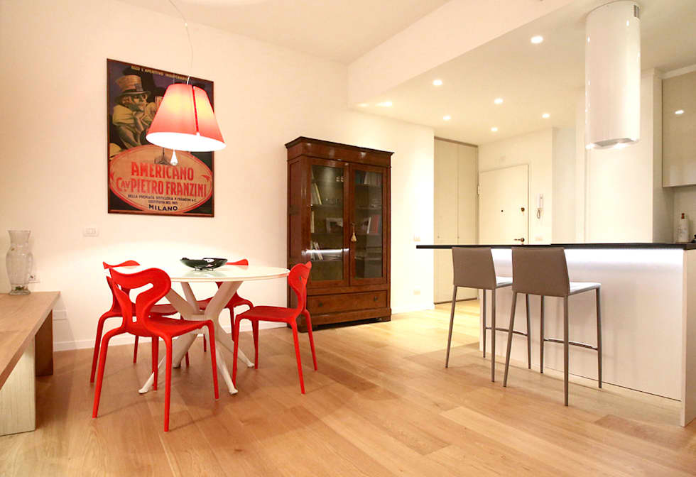 Pranzo: Sala da pranzo in stile in stile Minimalista di Filippo Colombetti, Architetto