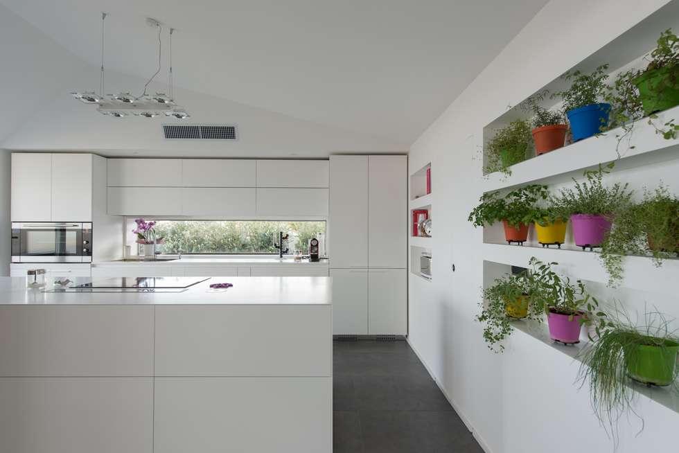 Interior design ideas redecorating remodeling photos homify - Mobilificio marchese ...