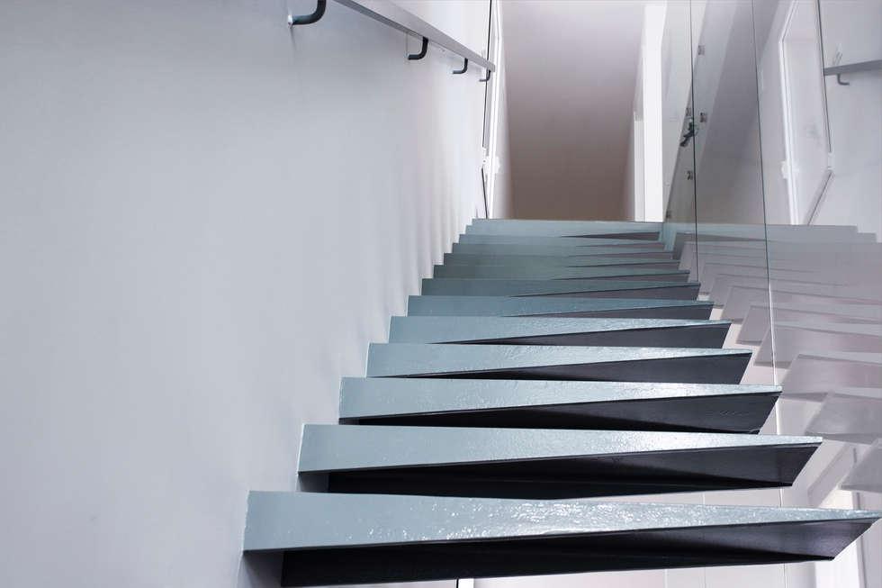 escalera casas de estilo minimalista de rubn muedra estudio de