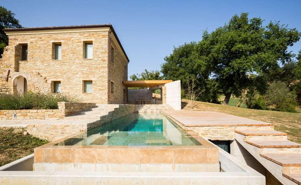 Idee arredamento casa interior design homify for Castiglione piscine
