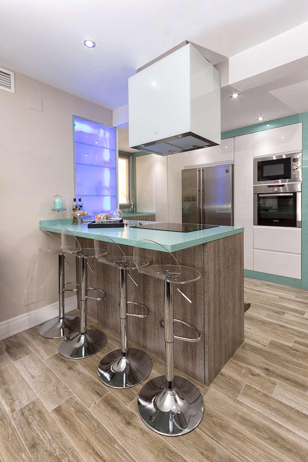 Cozinhas modernas por Espacios y Luz Fotografía