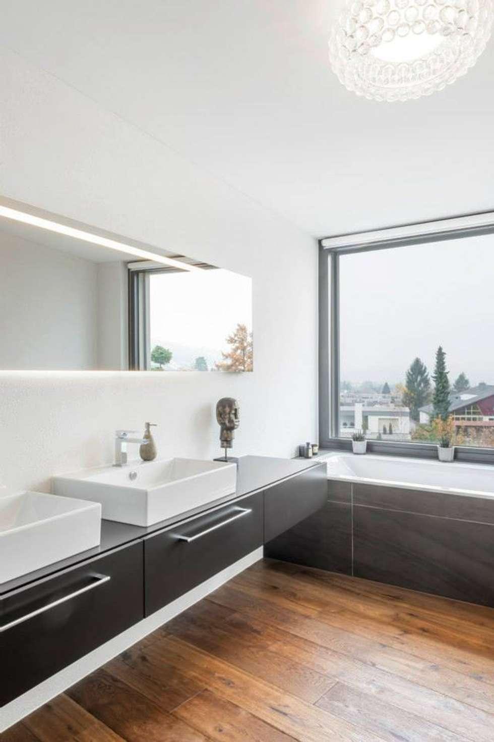foto di bagno in stile in stile moderno di marty h user ag. Black Bedroom Furniture Sets. Home Design Ideas