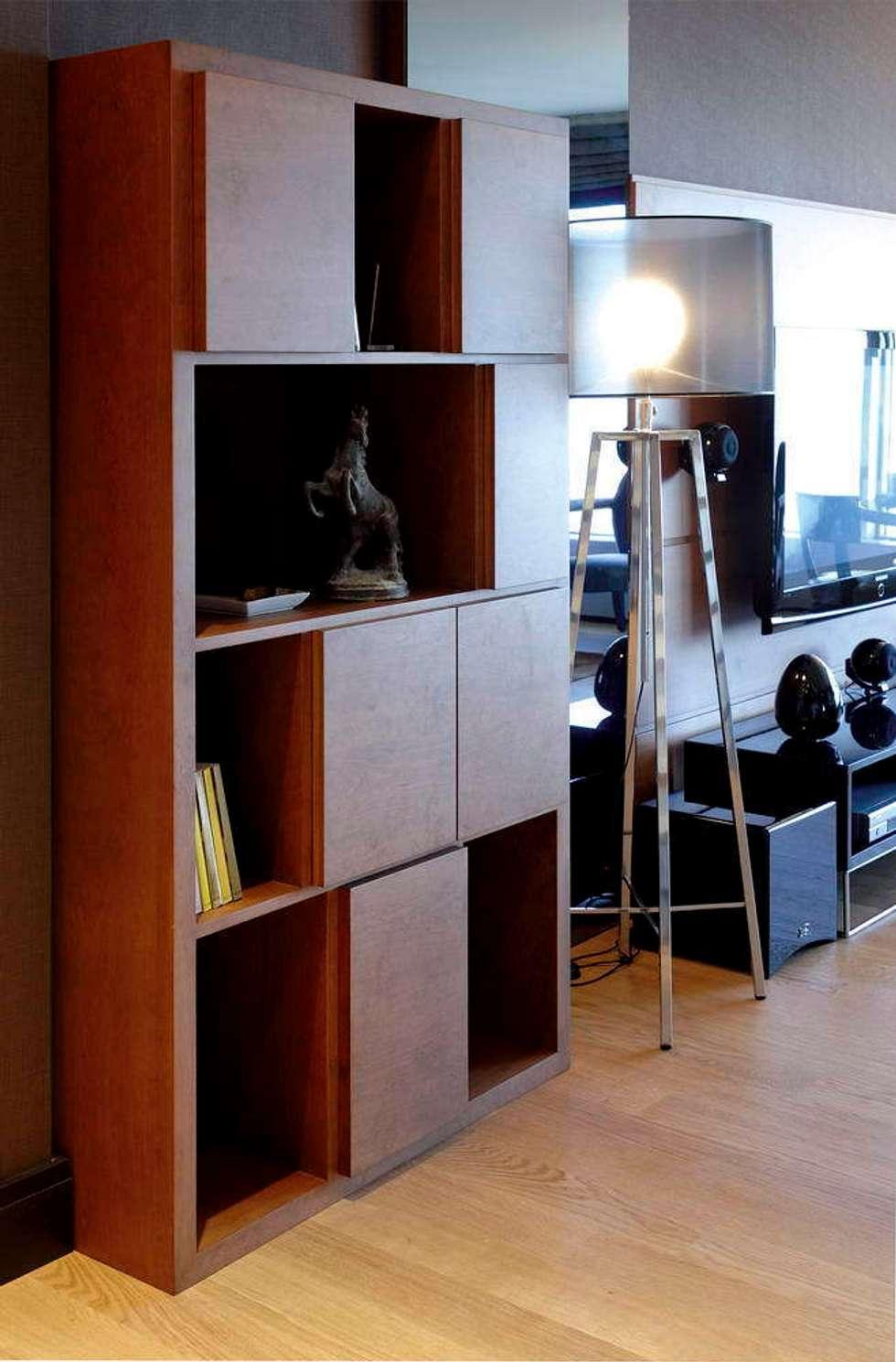 Esra Kazmirci Mimarlik: eklektik tarz tarz Oturma Odası