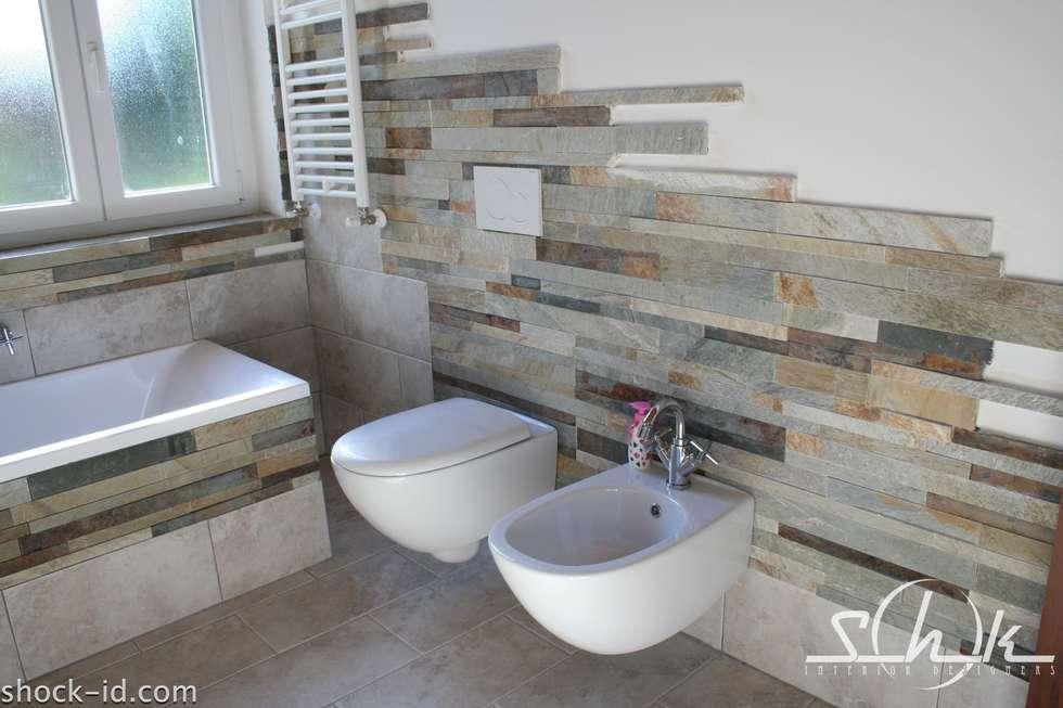 Bagno rustico bagno in stile in stile rustico di shock id homify - Rivestimento bagno rustico ...