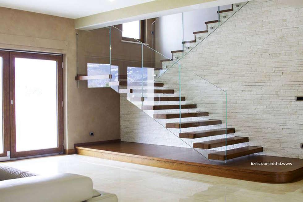Scala a sbalzo: soggiorno in stile di alfredo noseda scale   homify
